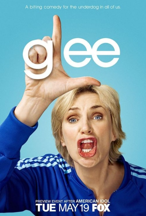 character-poster-di-glee-sul-personaggio-interpretato-da-jane-lynch-114718